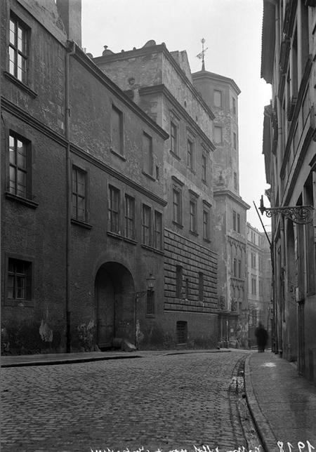 Zamek  Widok od strony ul. Kuśnierskiej MNS/A.Foto/5286