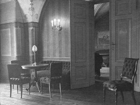 Zamek – wnętrza reprezentacyjne w skrzydle północnym i wschodnim  fot. sygn. H. Blum, 1929 MNS/A.Foto/15428