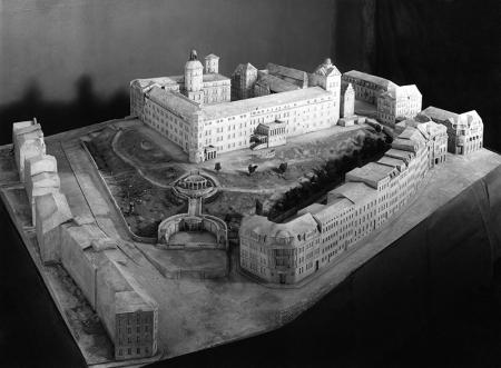 Makieta zamku i zabudowy wokół wykonana w 1912 roku  MNS/A.Foto/14949