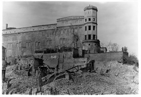 Ruiny zamku, fot. 1946–47  MNS/A.Foto/bn